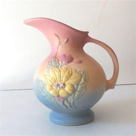 lovely vintage hull pottery pitcher vase from