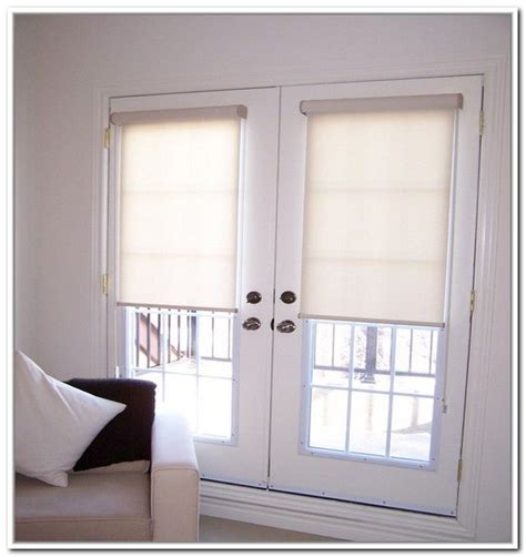 Door Window Blinds by Best 25 Door Coverings Ideas On