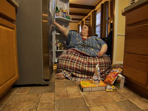 nikki my 600 lb life nikki webster struggles with everyday tasks on my 600 lb