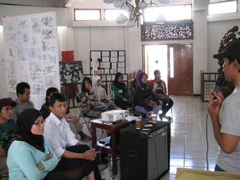 Batik Garuda Gajah Mada Satuan batik fraktal komputasional