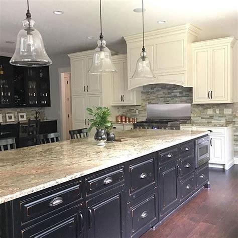 white island kitchen backsplash ideas iroonie com best 25 large kitchen design ideas on pinterest huge