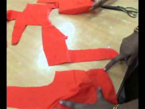 Cutting Of Saree Blouse Stitching by Simple Method Of Stitching Saree Blouse Part 1