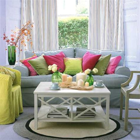 pink and green living room 35 modern living room decorating ideas with accent pillows