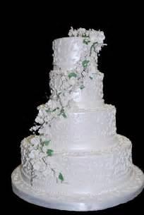 Tiered Wedding Cakes Three Brothers Bakery Blog 187 Wedding Cake Trends