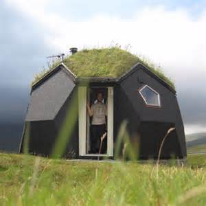 Unique Small Home Builders 19 Strange And Homes Around The World Thuglifer