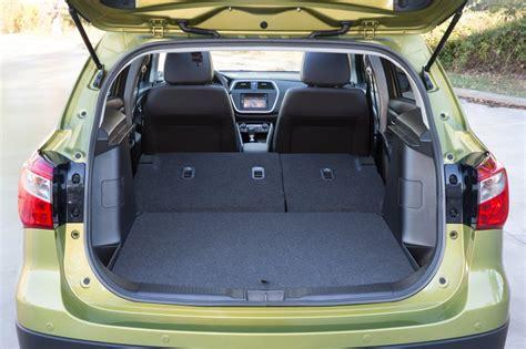 Suzuki Sx4 Seats Suzuki Sx4 S Cross Review Test Drives Atthelights