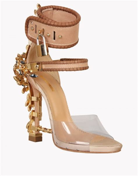 fashionable mention dsquared virginia sandals1966 magazine