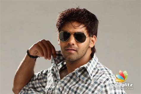 tamil film actor arya songs arya in kannada debut of tamil actor kannada movie news
