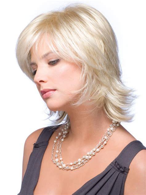 wigs hailey noriko short classic straight soft layer bob wigs claire by noriko short classic straight flipped