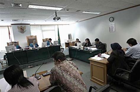 ketentuan membuat yayasan rawan pencucian uang tiga lsm gugat tax amnesty