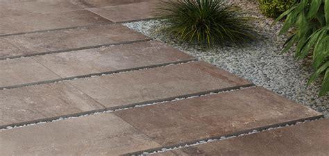 piastrelle esterno cemento pavimenti da esterno in gres effetto pietra e cemento