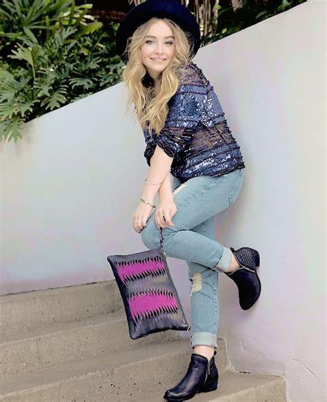 Sabrina Pink Lover sabrina carpenter to meet and pink on