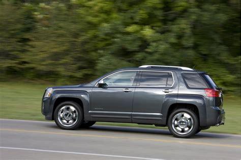 gmc 2011 terrain recalls 2011 srx equinox terrain recalled for seat belt failure risk