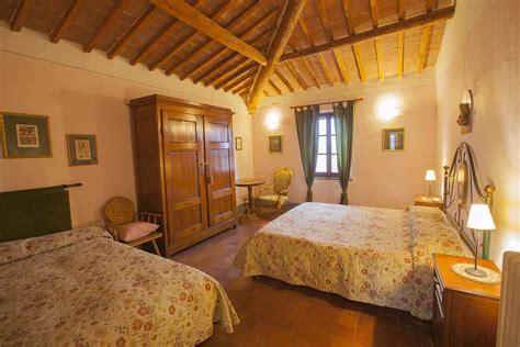 agriturismo il fienile montepulciano girasole 7 pax agriturismo il fienile tuscan villa