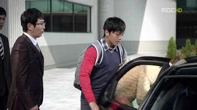 Dress Bunga Berkerah fashion drama korea i miss you episode 1