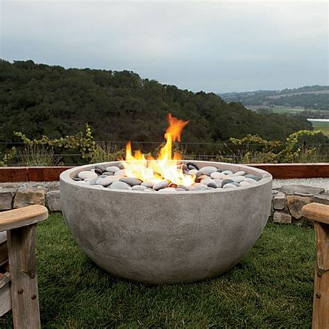 Outdoor Entertaining Essentials This Is Awesome Modern Outdoor Firepit