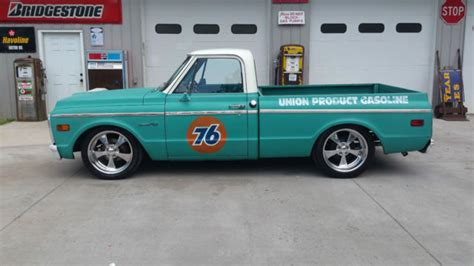 C Chevrolet Shop 1972 Chevrolet C10 Ls 5 3 Motor 700r4 Lowered Patina
