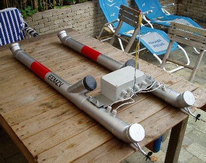 catamaran drijvers boot besturen met pic en fm of am forum circuits online