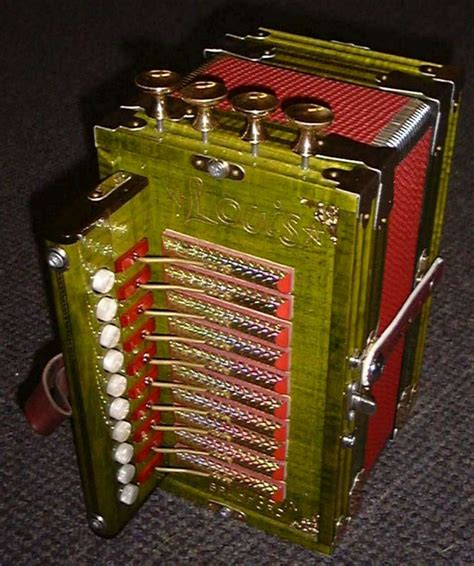 accordions for sale used cajun accordion for sale mannings musicals 187 louis