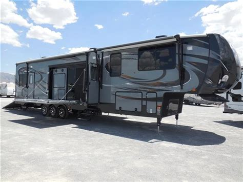 5th Wheel Toy Haulers Floor Plans by New 2015 Heartland Cyclone Fifth Wheel Toy Haulers For