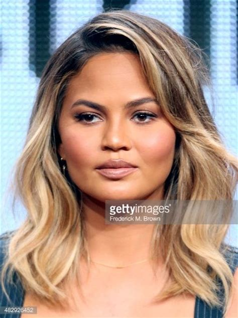 brunette lob hairstyles 2015 chrissy teigen photos photos 2015 summer tca tour day 8