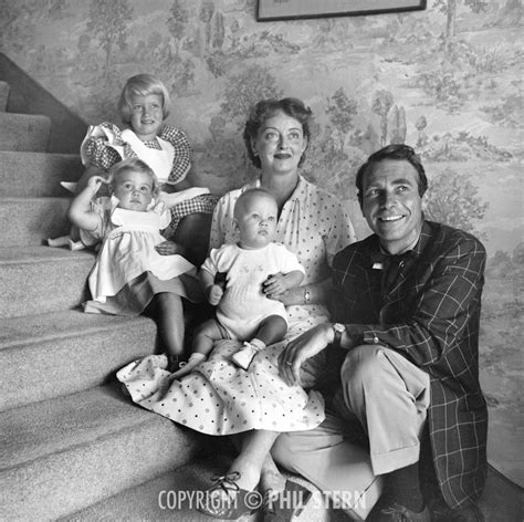 bette davis mother bette davis with her husband gary merrill and their