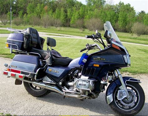 honda gl 1986 honda gl 1200 gold wing pics specs and information