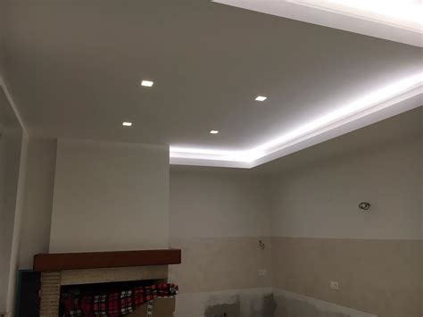 striscia led controsoffitto controsoffitto per cucina