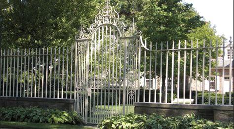 Cloture Pas Cher Jardin by Grille Cl 244 Ture En Fer Forg 233 Ext 233 Rieur Jardin Villa