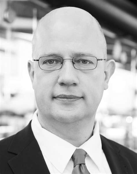 Rob van der Laan | OmniCLES Competition Law Economic
