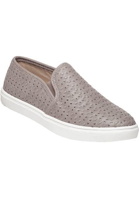 steve madden excel grey cut out slip on sneaker in gray lyst