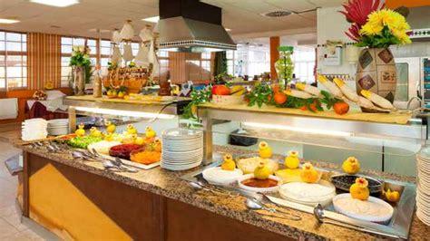 shilo airport christmas buffet 2018 club caleta dorada fuerteventura holidays 2017 18