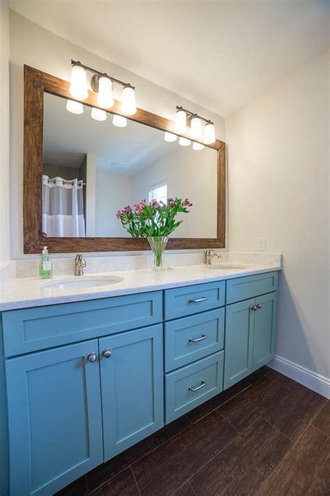 coastal bathrooms pictures coastal bathroom photos hgtv