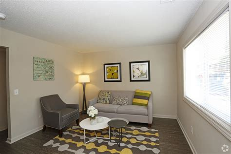 1 bedroom apartments springfield il the boulevard townhomes rentals springfield il