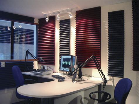 amazoncom auralex acoustics sfcha studiofoam wedges