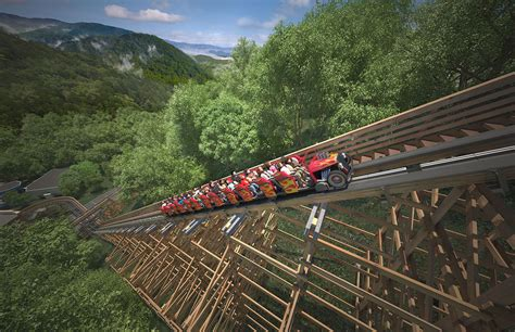 doll wood dollywood adds world s fastest wood roller coaster for