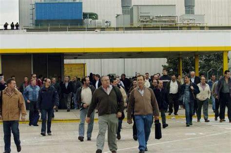 pabellon figueruelas magna pide a la plantilla de opel que ahorre 1 300