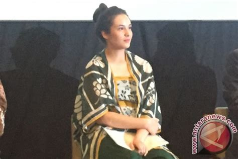 film chelsea islan di jepang chelsea islan ketagihan main film jepang antara news