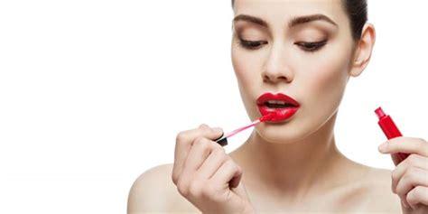 tutorial lipstik yang benar intip cara gunakan lipstik yang benar gayahidup www