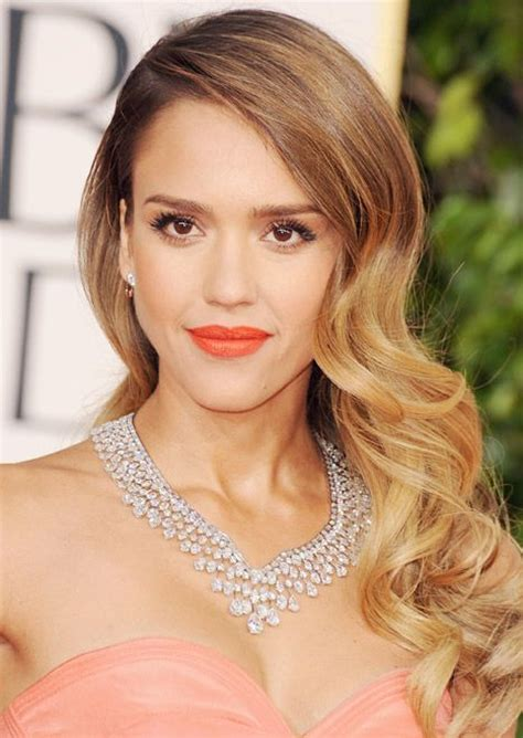 bridal hairstyles down to the side golden globes 2013 best hair and makeup looks jessica