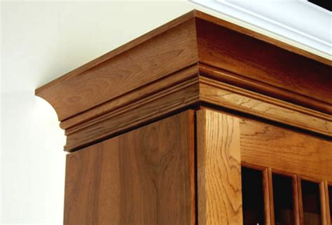 adding moulding to kitchen cabinets adding crown molding to oak kitchen cabinets wooden home