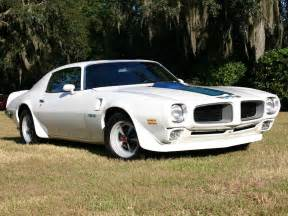 Pontiac Firebird By Year Pontiac Firebird Wallpaper 1600x1200 Wallpoper