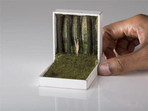 der stuhl inside tiny jewelry boxes by