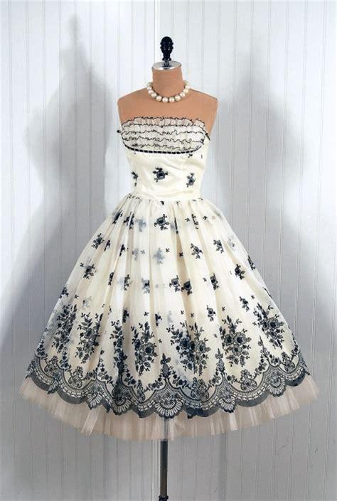 Black And White Vintage Dress vintage cocktail dresses dressed up