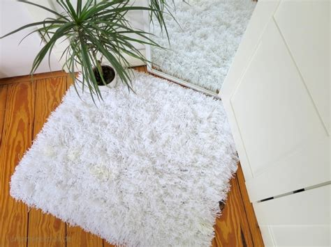 how to make a yarn rug 10 diy ways to instantly make your home more cozy