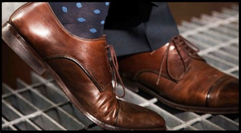 what color socks with navy suit pairing the right socks and shoes with a formal suit