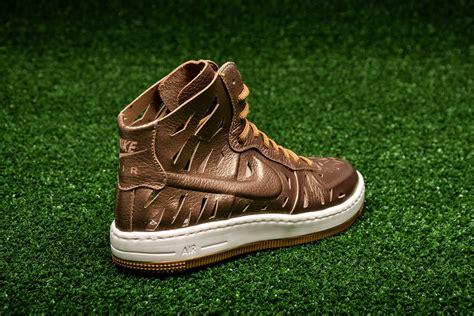 Shoes Sport Nike Air One Putih Gold Casual Cewek nike wmns air 1 ultra mid joli shoes casual