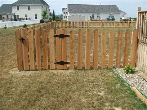 backyard fencing prices 25 best ideas about fence prices on raised