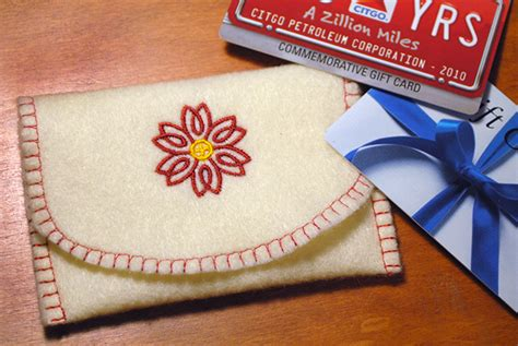 Personalize Gift Cards - make a custom gift card holder free pattern tutorial