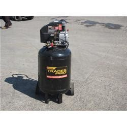 trades pro 30 gallon air compressor
